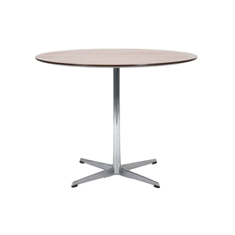Café table