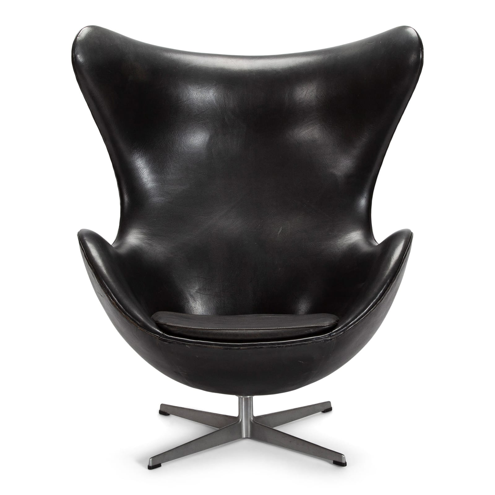 Egg chair, model 3317