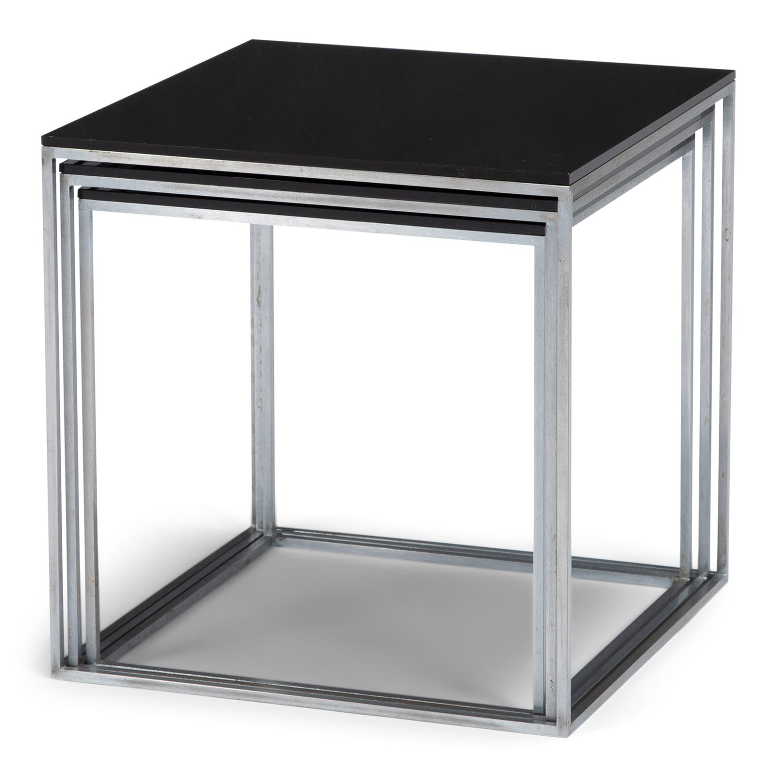 A PK71 nesting table