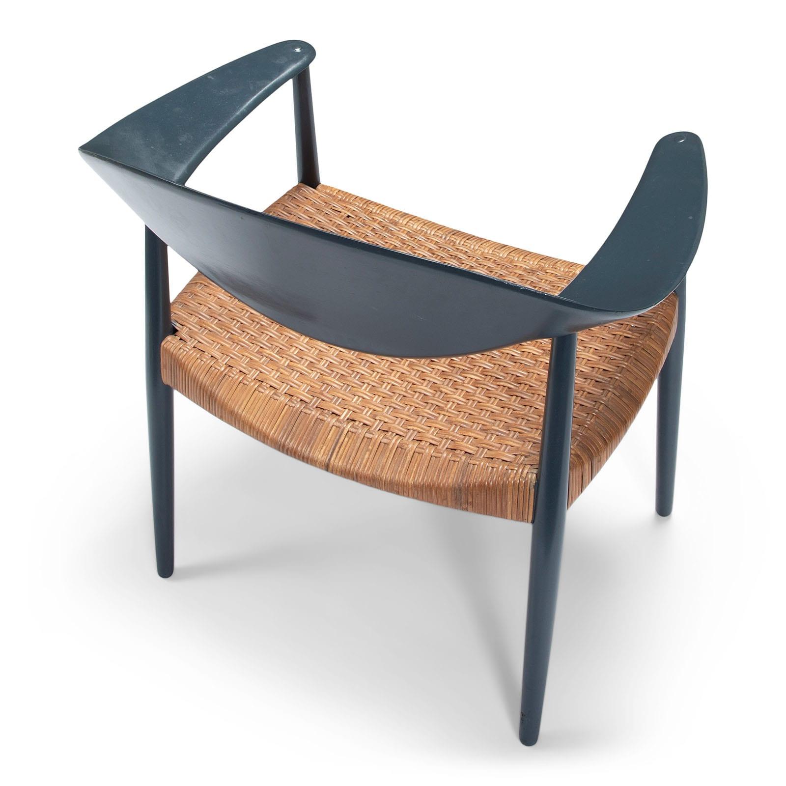 A pair of 'Metropolitan' chairs